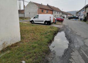 Thumbnail for the post titled: Oprava kráteru na silnici u zvoničky proběhne na jaře